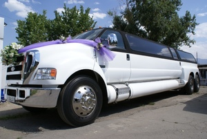 Limousine Ford F650